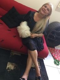 Lay - Rosa Lauren