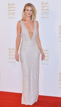 LONDON, ENGLAND - NOVEMBER 23: Rosie Huntington Whiteley poses in the Winners Room at the British Fashion Awards 2015 at London Coliseum on November 23, 2015 in London, England. (Photo by Anthony Harvey/Getty Images)