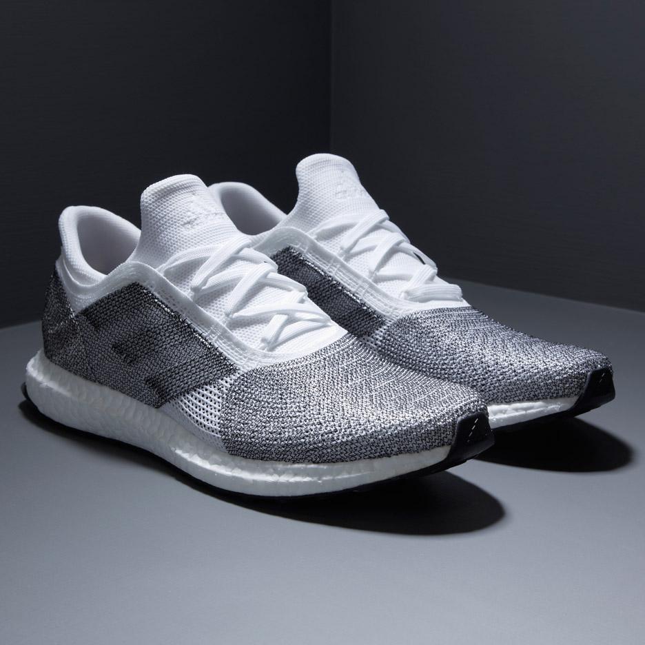 """""""Muito satisfeito de ver o nosso projeto mais recente e mais novo para  Adidas que está sendo lançado hoje 11 02!"""" Disse Alexander Taylor na sua  página do ... 92141fee3c376"""